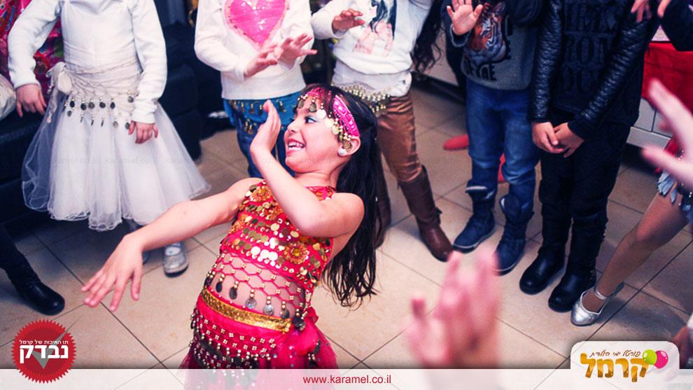חגיגה של ריקודי בטן וזומבה - 073-7578652